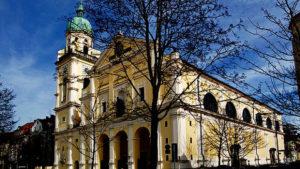 Aussenansicht der Pfarrkirche St. Joseph, München