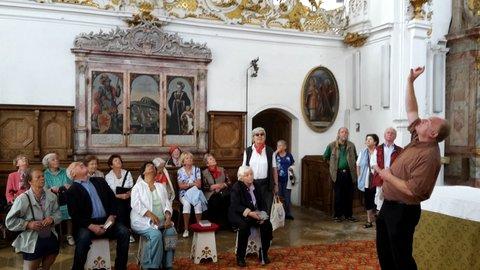 Bild von der Führung in der Augustinerchorherrenstiftskirche in Rottenbuch